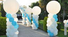 Стойки из шаров на свадьбу