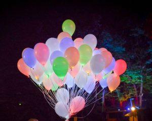 светящиеся воздушные шары красиво